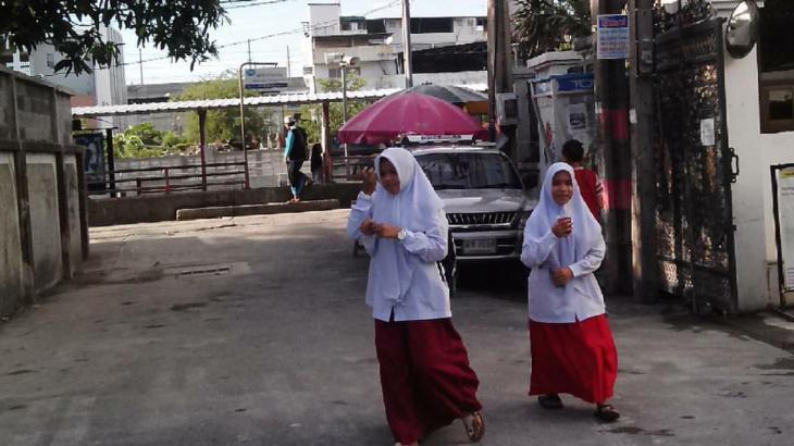 Lost in deep inside Thonglor's good old Muslim village